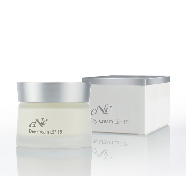 White Secret Day Cream LSF 15, 50 ml - CNC cosmetic